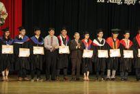 Hơn 1.500 tân khoa trường ĐH Duy Tân được trao bằng tốt nghiệp