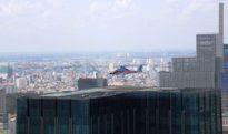 Xem trực thăng hạ cánh trên nóc tòa nhà giữa trung tâm Sài Gòn