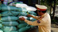 Đà Nẵng: Tạm giữ gần 1 tấn bột ngọt đựng trong bao in chữ Trung Quốc