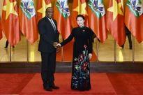 Chủ tịch QH Nguyễn Thị Kim Ngân đón, hội đàm với Chủ tịch Thượng viện Cộng hòa Ha-i-ti Y.La-toóc-tuy