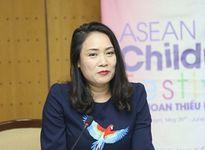 Nhà báo Tạ Bích Loan chính thức về lại VTV3 thay nhà báo Lại Văn Sâm