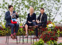 Những đôi tất 'biết nói' của thủ tướng Canada