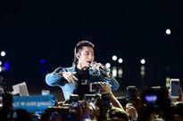 Sơn Tùng M-TP bật khóc trước hàng ngàn khán giả Thủ đô