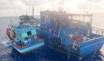 Cảnh sát biển bắt tàu Thái Lan chở 300.000 lít dầu nghi nhập lậu