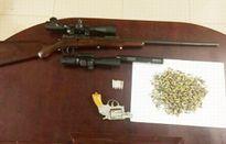 Em trai giang hồ khét tiếng bị bắt cùng 'kho' súng đạn trên ô tô