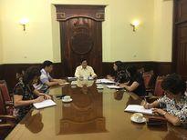 Thứ trưởng Huỳnh Vĩnh Ái làm việc với Vụ Văn hóa dân tộc