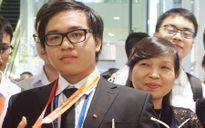 Niềm hạnh phúc của bà mẹ có hai con giành huy chương Hóa học quốc tế