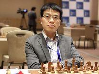 Thắng bất ngờ nhà VĐTG, Quang Liêm lên hạng 2 Siêu đại kiện tướng