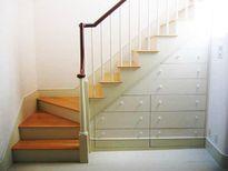 Cách thiết kế cầu thang cho nhà ống nhỏ hẹp