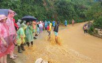 Nhiều hộ dân Lào Cai ở nơi nguy hiểm, cần di dời khẩn cấp