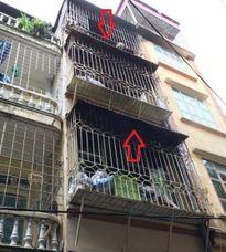 Cháy nhà ở Hà Nội, 2 người tử vong: Vì sao đám cháy nhỏ, thiệt hại lớn?