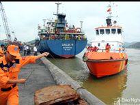 Dùng flycam tìm 2 thuyền viên mất tích trong vụ chìm tàu ở Nghệ An