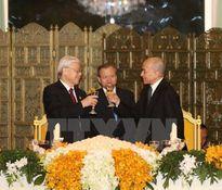 Cái nâng ly chúc mừng và quan hệ Việt Nam – Campuchia