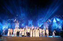 Các nghệ sĩ thăng hoa tiếng hát tại nghĩa trang Liệt sĩ Trường Sơn