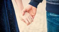 Các cặp đôi sẽ bền vững hơn nếu bỏ kết bạn trên mạng xã hội