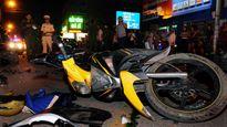 Tai nạn liên hoàn làm 1 người chết và ít nhất 10 người bị thương