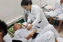 Bác sĩ truyền nhiễm chỉ rõ sai lầm chữa sốt xuất huyết khiến bệnh trầm trọng thêm