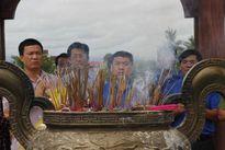 Ban Bí thư TƯ Đoàn thăm, tặng quà các gia đình chính sách ở Quảng Trị