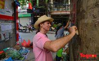 Cựu binh Mỹ tham gia chiến dịch làm sạch đường phố Hà Nội