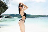 Diện bikini đi biển, 'chân dài' nào táo bạo nhất?