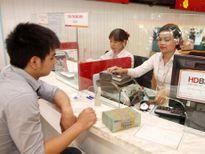 Thống đốc yêu cầu các ngân hàng cắt giảm chi phí để hạ lãi suất
