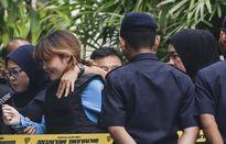 Xét xử vụ Kim Jong Nam: Đoàn Thị Hương cười, nghi phạm Indonesia khóc