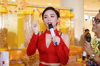 Dàn sao quậy tưng bừng kỉ niệm 20 năm Oishi có mặt tại Việt Nam
