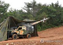 Hàn Quốc tập trận tên lửa cực lớn gần biên giới Triều Tiên