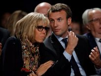 Dân Pháp phản đối vợ ông Macron làm Đệ nhất phu nhân