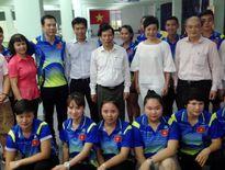 Bộ trưởng VH-TT&DL ấn tượng với không khí tại 'lò luyện vàng SEA Games'