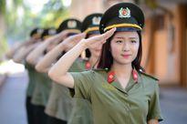Điểm chuẩn cao kỷ lục 30,5: Vì sao thí sinh vẫn chen chân vào công an, quân đội?