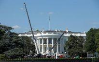 Hình ảnh quá trình sửa sang Nhà Trắng khi Tổng thống Trump vắng mặt