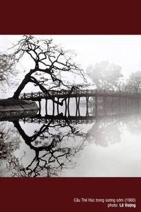Ngắm Hà Nội vài chục năm trước bên bờ Hồ Gươm