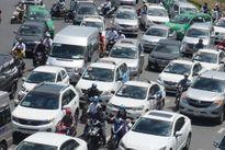 Bàn cách giải quyết ùn tắc khu vực sân bay Tân Sơn Nhất