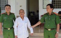 Giở trò đồi bại với hai bé gái, cụ ông 73 tuổi bị bắt giam
