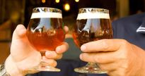 Nghệ An: Bỏ thuốc trừ sâu vào bia đầu độc người tình 70 tuổi