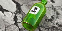 Người phụ nữ bỏ thuốc độc vào cốc bia nhằm sát hại 'người tình'