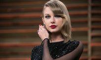 Taylor Swift chiến thắng vụ kiện sàm sỡ với tiền bồi thường 1 USD