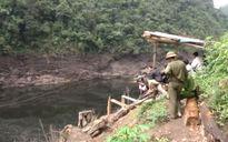 10 người thoát nạn trong vụ lũ cuốn trôi 3 người ở rừng Hoàng Liên