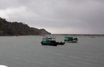 Chìm tàu đánh cá ở Quảng Ninh, 6 ngư dân thoát nạn