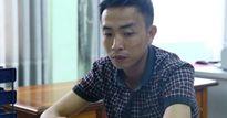 Thiếu nữ phổng phao bị 'yêu râu xanh' khống chế giữa bãi đất trống