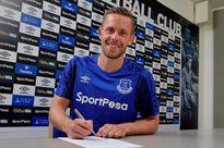 Gylfi Sigurdsson CHÍNH THỨC sang Everton, Man Utd nhận được tin mừng