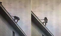 Chuyện lạ hôm nay: Bạn trai không sấy tóc cho, cô gái nhảy lầu tự tử