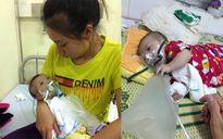 Mẹ quặn thắt khi chứng kiến con trai vừa sinh đã mắc bệnh hiểm nghèo