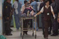Xông vào bệnh viện xả súng, giải cứu đồng bọn, làm 7 người chết