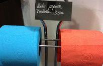 'Thủ phạm' gây ung thư cổ tử cung từ giấy vệ sinh có nhiều màu sắc và hương thơm
