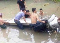 Truy tặng bằng khen cho cán bộ giao thông tử nạn trong bão số 2