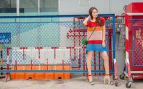 'Hoa hậu The Face' Tường Linh xuống phố với street style sặc sỡ