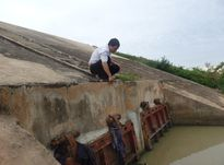 Huyện Vĩnh Lộc (Thanh Hóa): Công trình hàng trăm tỷ dở dang, dân 'rốn lũ' mất ăn mất ngủ