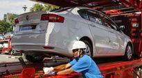 Người lao động Đông Nam Á đòi tăng 50% lương tối thiểu